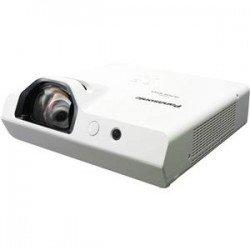 Proyector PANASONIC PT-TW343RU 3LCD WXGA 3,300Lumenes Tiro Corto Interactivo USB